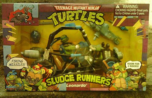 Teenage Mutant Ninja Turtles 'SLUDGE RUNNERS' :: LEONARDO ..A (( 2010 ))