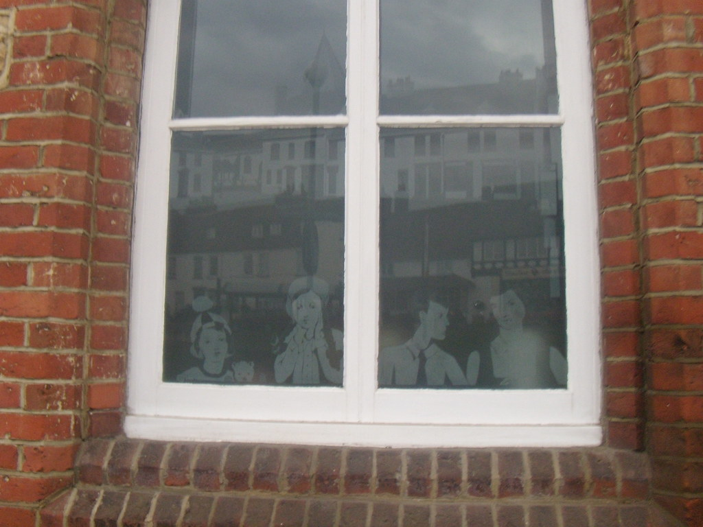 Engraved window,Westerham Hurst Green to Westerham