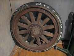 Solid Rbber Truck Tire and Wheel