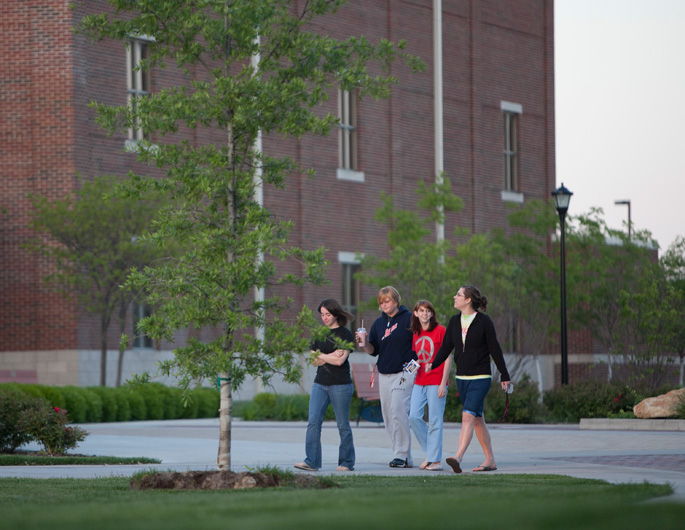 Students walking through Founder's Plaza