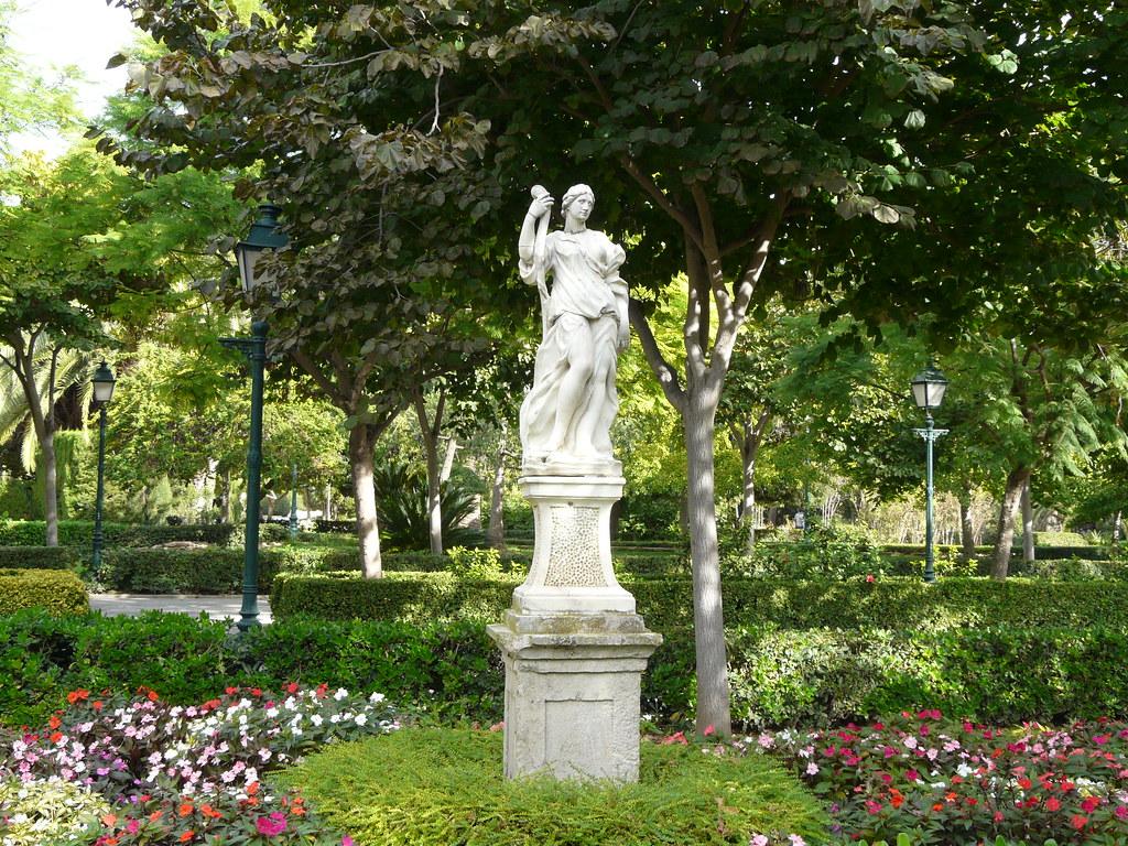 Venus jard n del real jard n de los viveros valencia for Jardines del real valencia