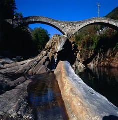 Ponte dei Salti - the more decent version