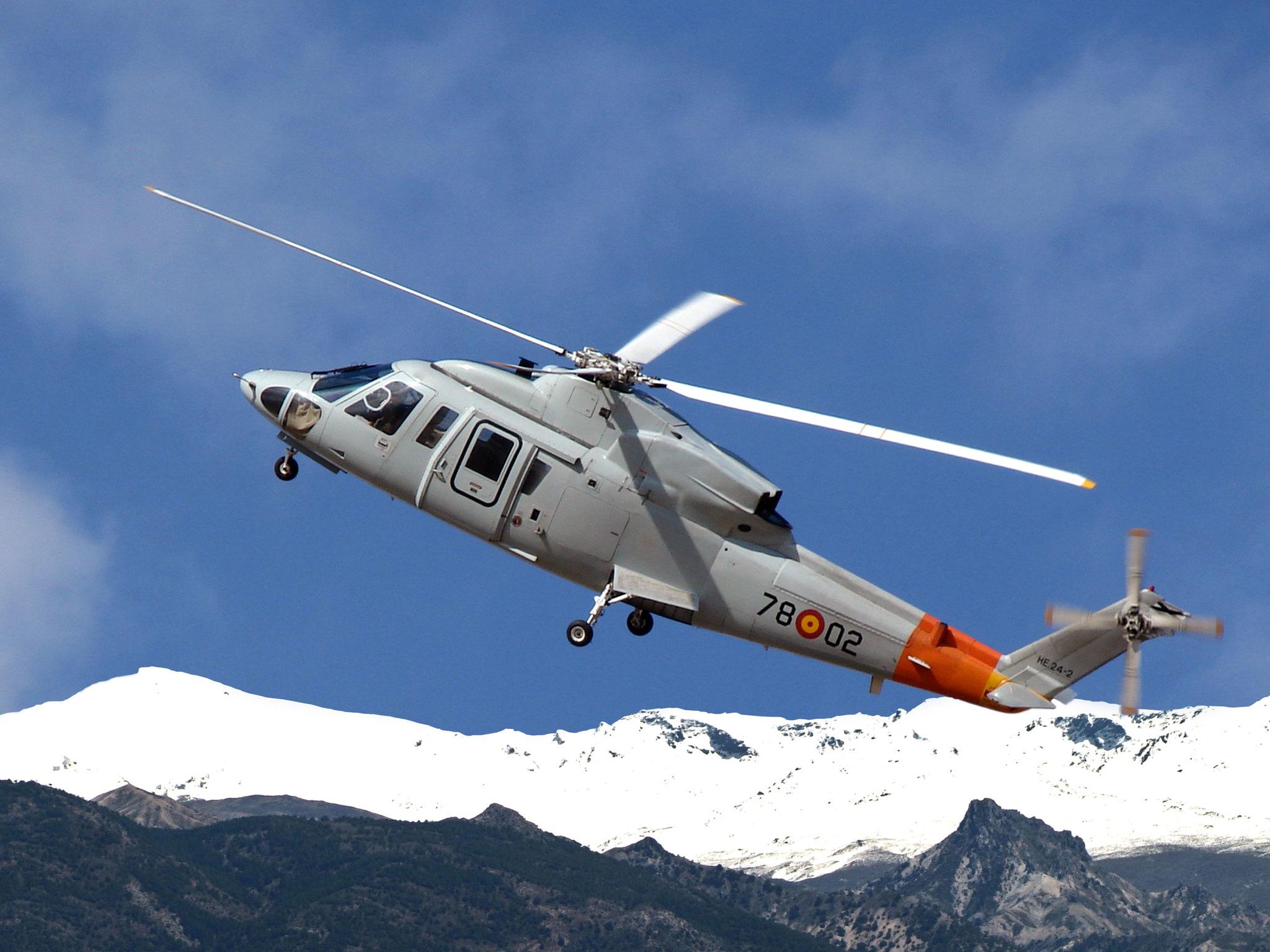 Sikorsky S-76 (HE.24)