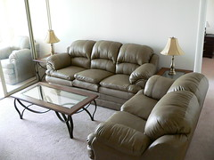 recliner(0.0), furniture(1.0), loveseat(1.0), room(1.0), table(1.0), living room(1.0), interior design(1.0), couch(1.0), studio couch(1.0), chair(1.0),