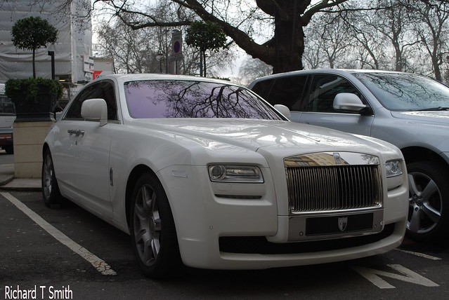 Rolls royce ghost for Mercedes benz suicide doors