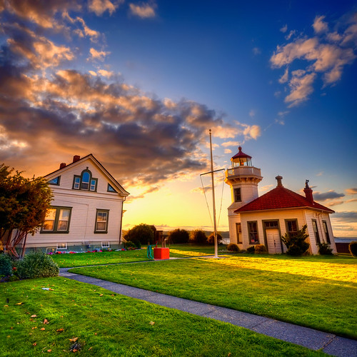 county sunset sky lighthouse house clouds nw pacificnorthwest wa pugetsound washingtonstate hdr snohomish mukilteo nikond90