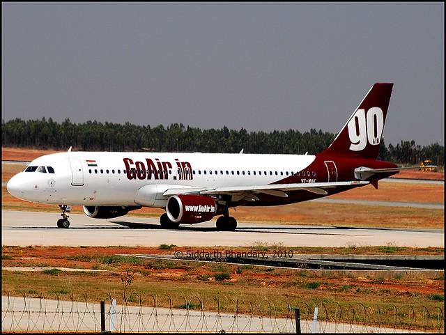 GoAir Airbus A320 (VT-WAK) entering the ramp