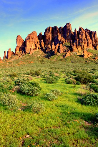Lost Dutchman State Park | by midiman