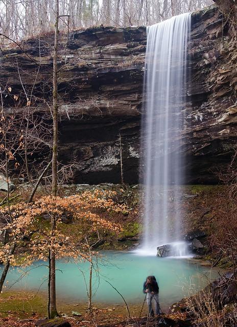 Waterfail - mediocre photo of a beautiful waterfall.