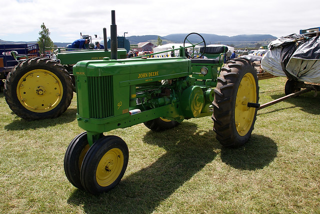 John Deere 944 http://www.flickr.com/photos/branxholm/4485089503/