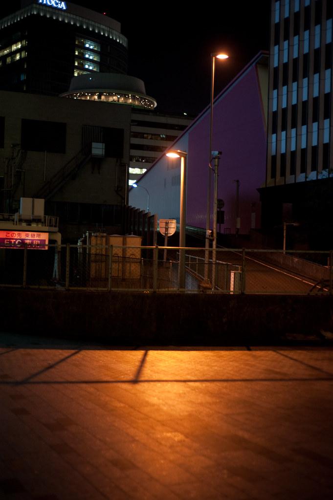 オレンジ色の街灯 2010/04/13 DSC_1207