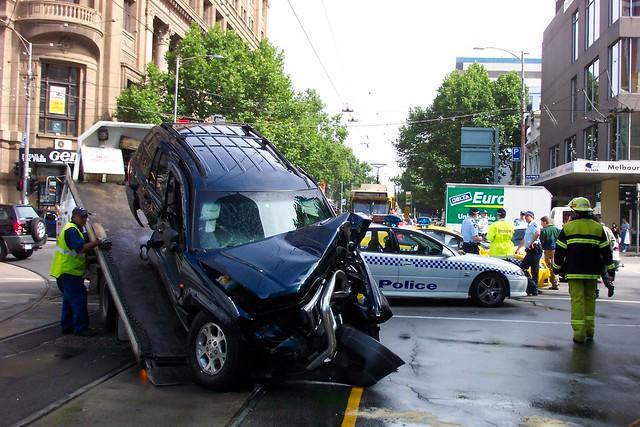 Car Crash Melbourne Today Bulleen