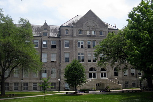 New Orleans - Uptown: Tulane University - Richardson Memorial
