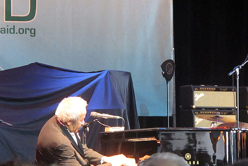 Allen Toussaint plays a short set at Gulf Aid