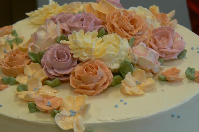 Basic Buttercream Decorating Class | A thoughtful husband bo ...