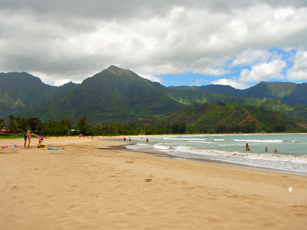 пляж Hanalei Bay