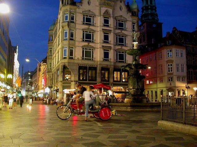 Streets-of-Copenhagen-Flickr CC hdport