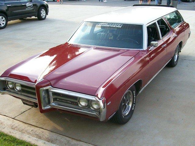 1969 pontiac bonneville 428 station wagon a photo on. Black Bedroom Furniture Sets. Home Design Ideas
