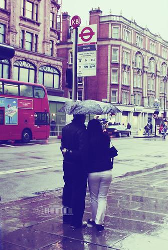 Ⓜ Lovers In Rain..