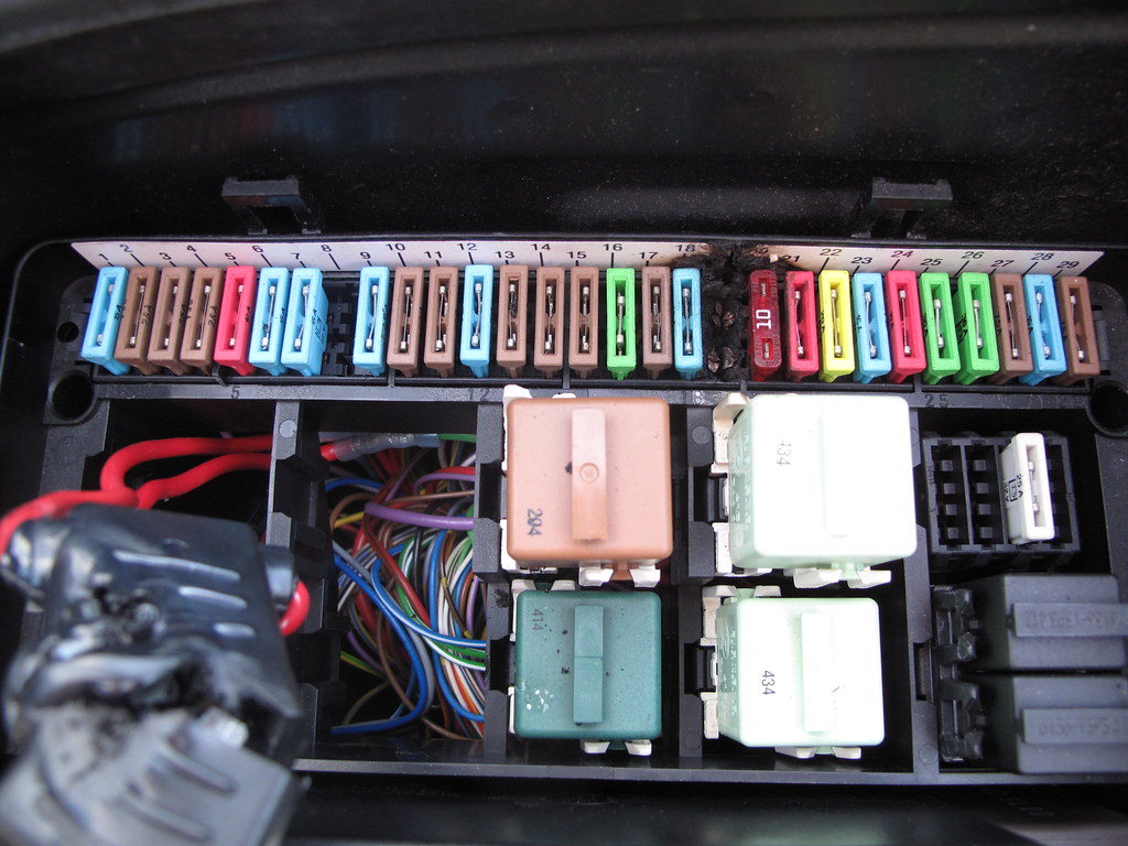 Galaxy Fuse Box Melted : Fuse melted in box wiring diagram images