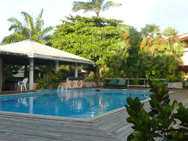 Swimming Pool In The Courtyard Of The Best Western Hotel In Belize City Flickr Photo Sharing