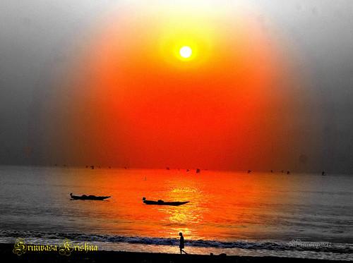 ocean life light sea sun india man flower color colour sunrise walking boat fishing wave vegetarian anand bayofbengal andhrapradesh anantapur visakhapatnam patil visakha yashasvi arindamana kundana srinivasakrishna koumudi virupapalli ankampalli ankampallireddy apsla apslavisakha