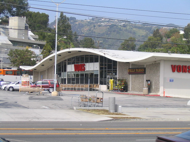 vons in pacific palisades  california