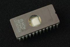 personal computer hardware(0.0), diode(0.0), circuit component(1.0), microcontroller(1.0), electronics(1.0),