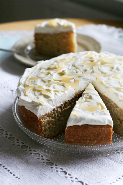 lemon cake with mascarpone frosting and lemon curd | Flickr - Photo ...