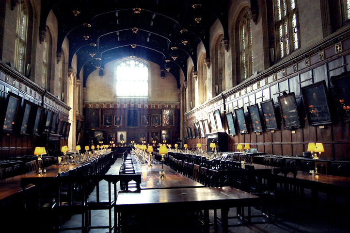 Emodi fotograf a dise o el gran salon de hogwarts oxford for Comedor harry potter