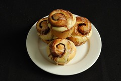 meal(0.0), breakfast(0.0), produce(0.0), baking(1.0), sweetness(1.0), baked goods(1.0), cinnamon roll(1.0), food(1.0), dish(1.0), cuisine(1.0), danish pastry(1.0),