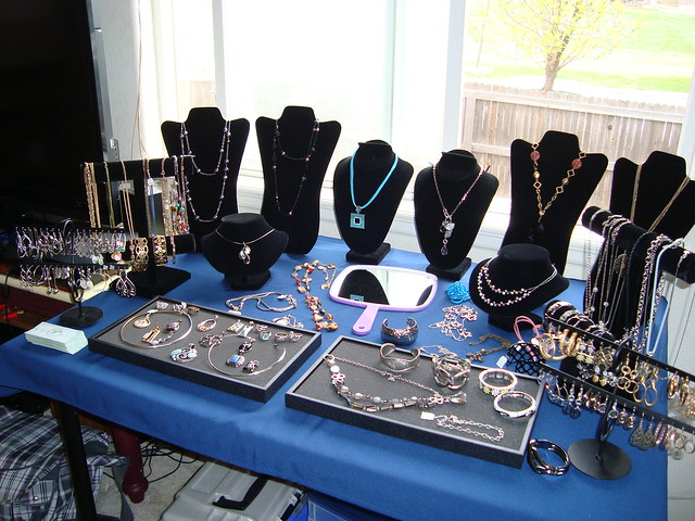 Shop for Lia jewelry online - Compare Prices, Read Reviews and Buy