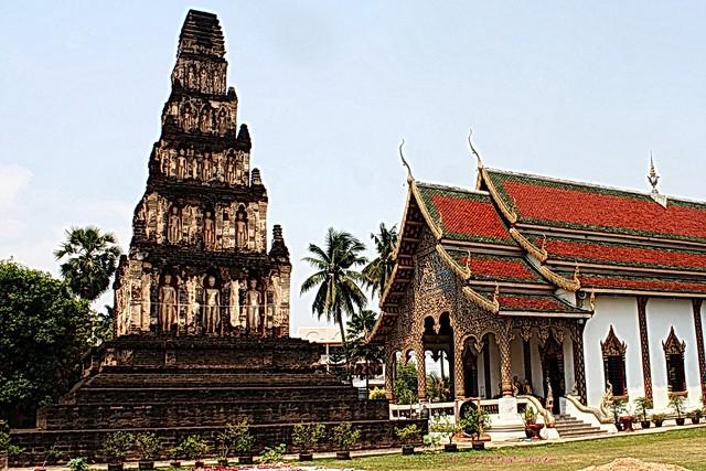 20100427_3522  Wat Chama Thewi.(W. Kukut)