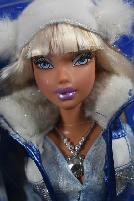 2006 Barbie My Scene Icy Bling Kennedy K8337 (1)