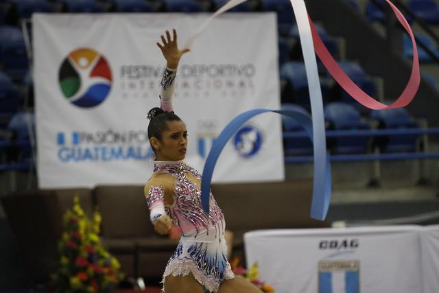 Gimnasia rítmica define finalistas en Festival Deportivo