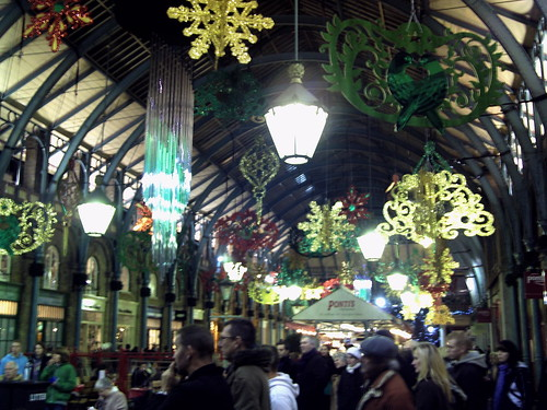 Covent Garden at Christmas 1