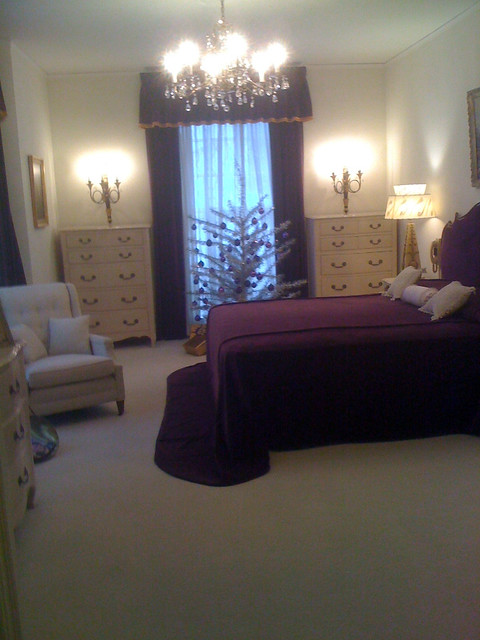 elvis 39 s parent 39 s bedroom at graceland