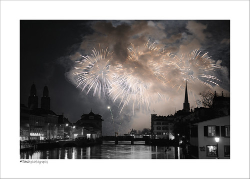 longexposure blackandwhite bw night reflections schweiz switzerland holidays suisse tripod zurich firework newyear zürich neujahr gitzo hpn happynewyear 2010 feuerwerk limmat grossmünster d300 limmatquai colorkey fraumünster rudolfbrunbrücke selectivecolors toniv gemüsebrücke 100101 superaplus aplusphoto dsc6976 gt1540 theperfectphotographer marktlücke