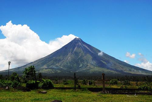 landscape philippines vulcan bicol cagsawa albay mayonvolcano perfectcone fongetz francistan