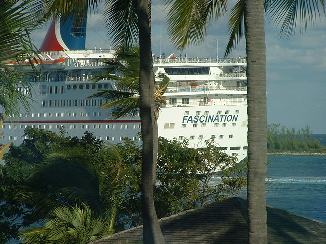 <p>Caribbean cruise ship departs</p>