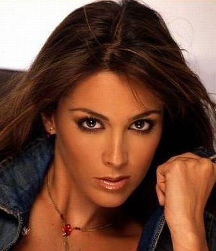 Mexican actress-Jacqueline Bracamontes | Flickr - Photo Sharing!
