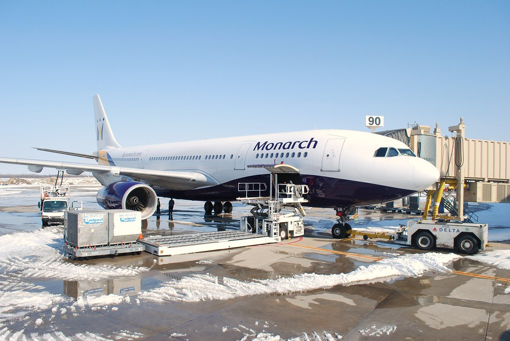 Monarch A330-200 G-SMAN