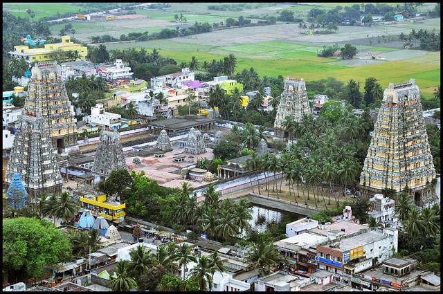 4440764295 a420c7c1a9 z - Los templos Vímana en la India