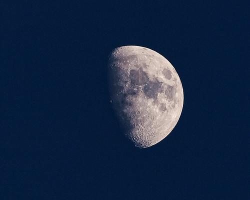 moon closeup sweden olympus månen e520 zuiko70300mm photoshopelements7 olympuse520 topazadjust kinnahult harpebo peternyhlén