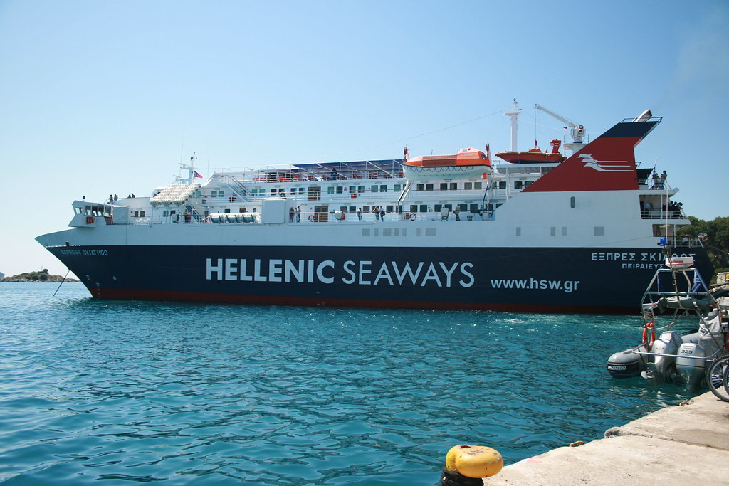 Ferry, Skiathos Town
