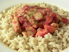 fusilli(0.0), vegetarian food(0.0), produce(0.0), carbonara(0.0), rotini(0.0), pasta salad(1.0), pasta(1.0), macaroni(1.0), meat(1.0), food(1.0), dish(1.0), cuisine(1.0),