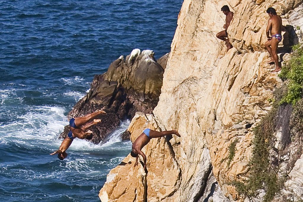 Cliff Divers Of La Quebrada - Acapulco Mexico