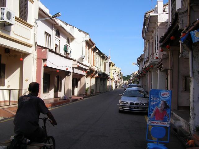 下午时刻的街道