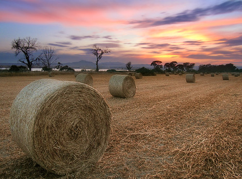 sunset motion blur nature clouds rural landscape long exposure salt harvest straw cyprus saltlake crop bales bale larnaca larnaka lale stavrovouni κυπροσ λαρνακα
