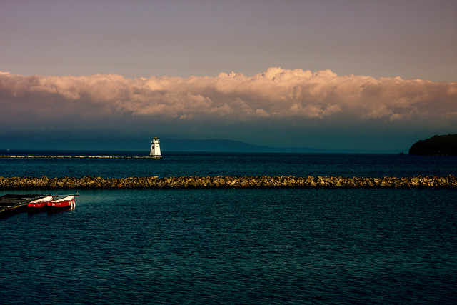 Lake Champlain, in Burlington, Vermont by CC user eflon on Flickr